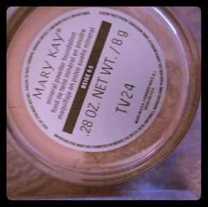 Mary Kay | Mineral Powder Foundation Beige 0.5